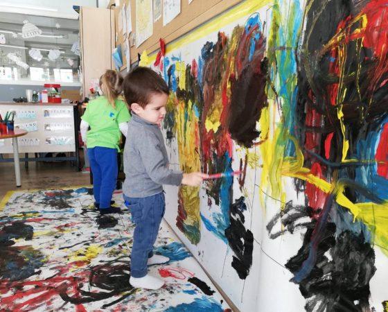A la classe del Pollet Pio hem gaudit molt amb el projecte de Mondrian!
